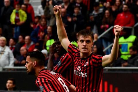 Tekuk Frosinone, Milan Buka Asa ke Liga Champions
