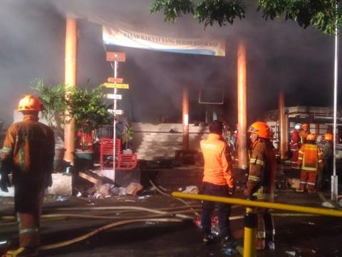 Asa Pedagang Pasar Kosambi Dibakar Api