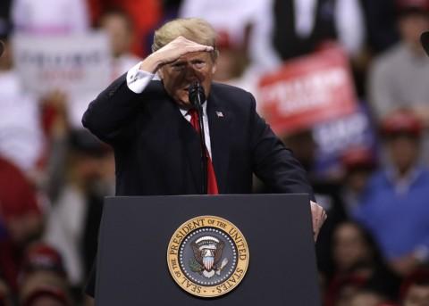 Trump: Iran Tak Boleh Punya Nuklir