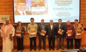 Fadli Zon Luncurkan Buku Perjalanan Diplomasi Parlemen