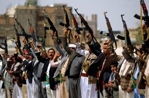 Houthi Klaim Serang Gudang Senjata Saudi di Najran
