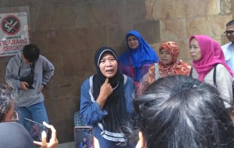 Keluarga Ambil Jenazah Korban Bentrok Petamburan di RS Tarakan