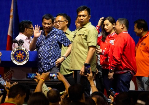 Duterte Perkuat Cengkeraman Kekuasaan dalam Pemilu Filipina