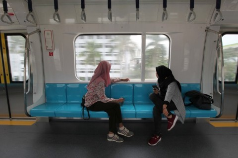 MRT Operating Normally Despite Unrest in Some Areas