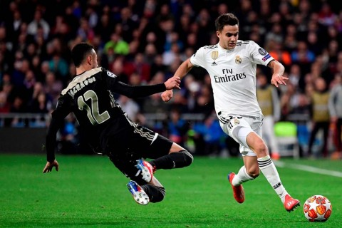 Bek Real Madrid Jajal E-Sports