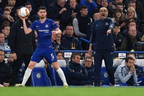 Jorginho Dukung Sarri Bertahan di Chelsea