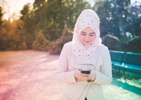 Adu Promo Layanan Operator Selama Ramadan