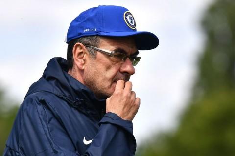 Sarri Segera Membahas Masa Depannya di Chelsea