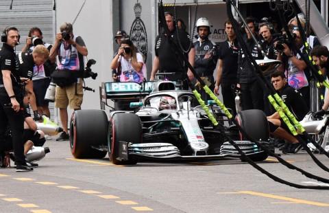 Verstappen Ganggu Dominasi Mercedes di  FP1 GP Monaco