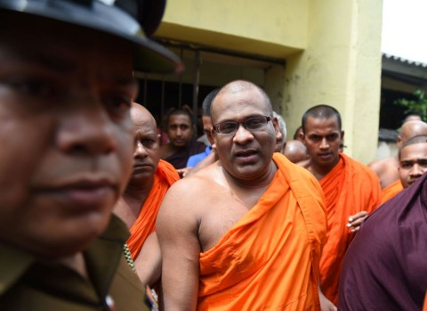 Sri Lanka Bebaskan Biksu Anti-Muslim