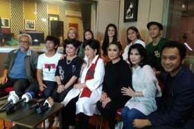 Cerita di Balik Lagu Indonesia Damai yang Dinyanyikan Para Legenda