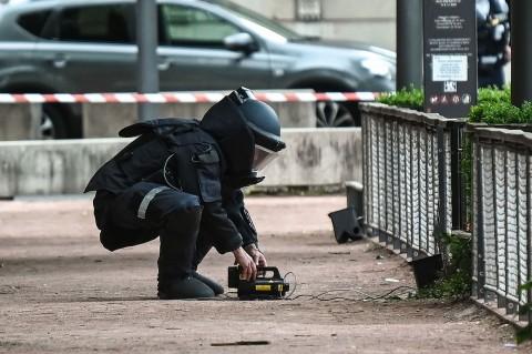 Ledakan Bom di Lyon Lukai 13 Orang