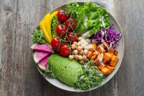 Dampak Negatif Diet Vegan pada Anak dan Ibu Hamil