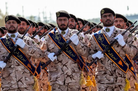 Iran Tegaskan Mampu Tenggelamkan Kapal Perang AS