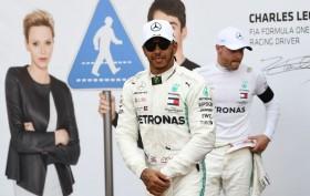 Hamilton Dedikasikan Raihan Pole Position untuk Mendiang Niki Lauda