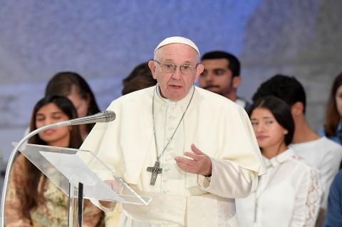 Fransiskus Bandingkan Aborsi dengan Menyewa 'Pembunuh Bayaran'