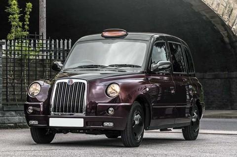Mewahnya Taksi Black Cab Garapan Kahn Design