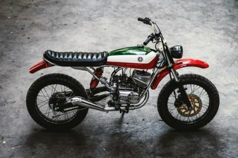Anut Aliran  Scrambler, Yamaha RX 100 Ini Tampil Klimis
