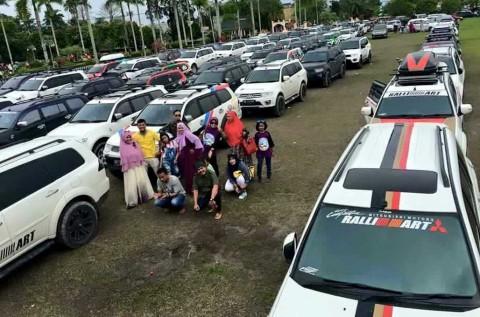 Pajero Sport Family Seseruan di Ultah SUVB