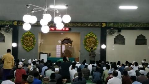 Tholhah Hasan Sosok Penting Perkembangan Islam di Indonesia