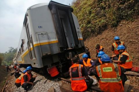 Jalur 6 Kereta Dialihkan Akibat Kereta Lodaya Anjlok