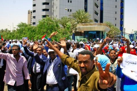 Bentrok Massa dan Pasukan Sudan Tewaskan Wanita Hamil