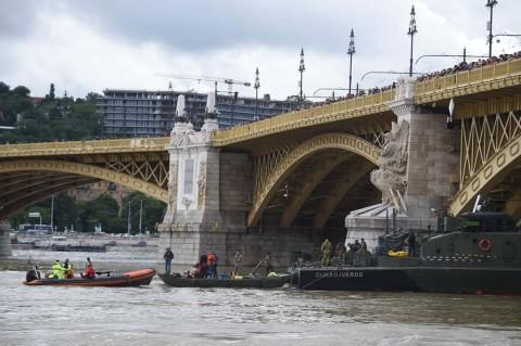 Kapal Tenggelam di Hongaria, 21 Orang Masih Hilang