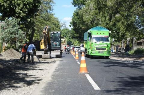 Perbaikan Jalan Skala Kecil di Jatim Masih Dilakukan