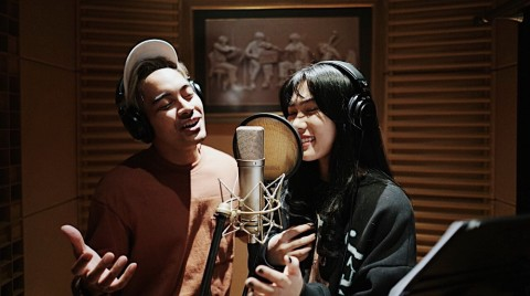 Disney Indonesia Rilis Video Klip A Whole New World Versi Isyana dan Gamaliél