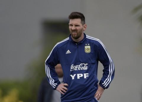 Messi Berambisi Bawa Argentina Raih Trofi Sebelum Pensiun