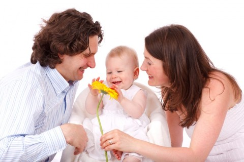 Manfaat Saling Berkontribusi Merawat Anak