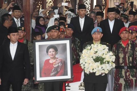 Wapres JK Tak Hadiri Pemakaman Ani Yudhoyono