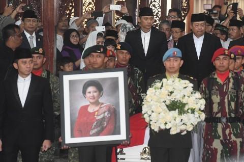 Sosok Ani Yudhoyono di Mata Ganjar Pranowo