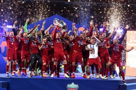 Liverpool Juara, Mourinho & Wenger Kompak Lancarkan Sarkasme