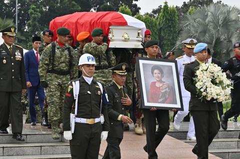 Ani Yudhoyono Inspirasi Kaum Perempuan