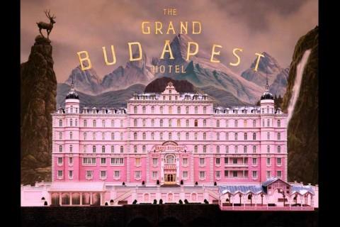 Lima Alasan Mengapa Film Wes Anderson Terasa Estetik