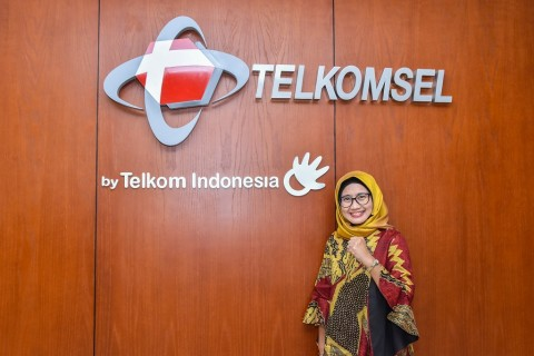 Telkomsel Kini Juga Dipimpin Wanita
