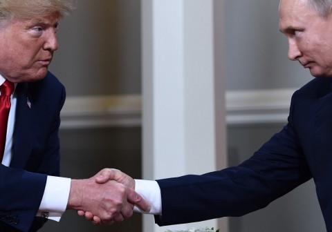 Rusia Bantah Tarik Warganya dari Venezuela