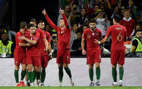 Ronaldo Cetak <i>Hattrick</i>, Portugal Melaju ke Final