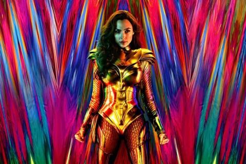 Gal Gadot Tampil Menawan dengan Kostum Baru Wonder Woman