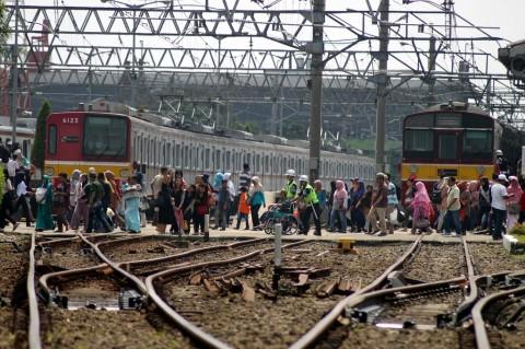 Penumpang KRL Capai 1,4 Juta Orang Saat Lebaran 2019