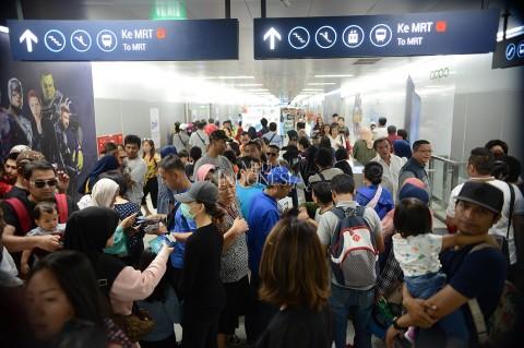 Libur Lebaran, Penumpang MRT Naik Drastis