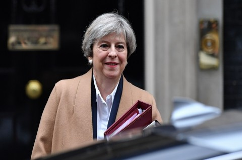 PM May Mundur dari Ketua Partai Konservatif Inggris