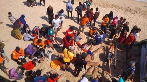 Ratusan Wisatawan di Yogyakarta Jadi Korban Sengatan Ubur-ubur