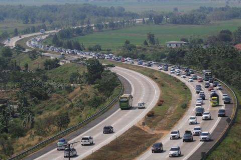 720 Ribu Kendaraan Kembali ke Jakarta Lewat Jalan Tol