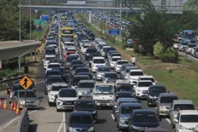 Lima Ribu Mobil Masuk ke Jabodetabek Hari Ini