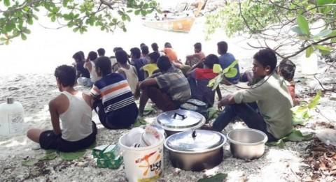 Perahu Bermuatan 64 Rohingya Terdampar di Thailand Selatan