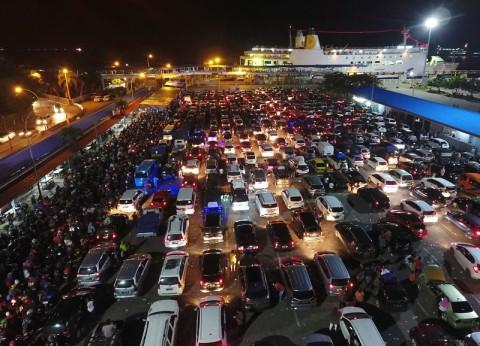 675 Ribu Pemudik Menyeberang ke Pelabuhan Merak