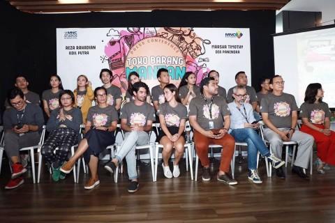 Film Toko Barang Mantan Pertemukan Reza Rahadian dan Marsha Timothy