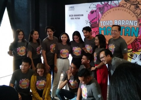 Kesan Pertama Reza Rahadian Main Film Bareng Marsha Timothy